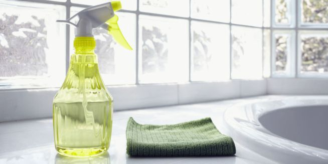 landscape-1434147736-50-cleaning-tips
